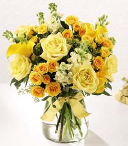 Golden Splendour Bouquet